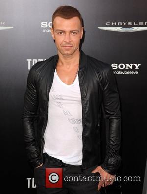 Joey Lawrence Los Angeles premiere of 'Total Recall' at Grauman's Chinese Theatre Hollywood, California - 01.08.12