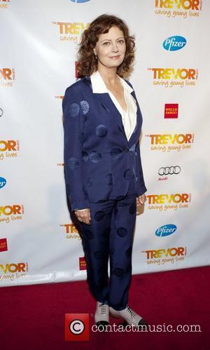 Susan Sarandon Dedicates Award To Nora Ephron