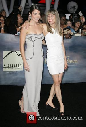 Niki Reed Catherine Hardwicke Breaking Dawn 2
