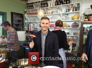 Gary Barlow posted this image on Twitter with the caption: