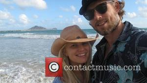 Jessica Simpson tweets this pic with the caption 'Aloha...' USA - 26.12.12 Supplied by   WENN does not claim...