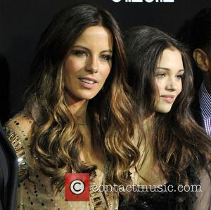 Kate Beckinsale, India Eisley and Grauman's Chinese Theatre
