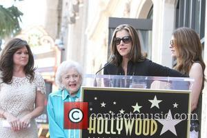 Valerie Bertinelli, Betty White, Wendie Malick, Jane Leeves Valerie Bertinelli is honored with the 2,476th star on the Hollywood Walk...