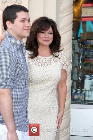 Valerie Bertinelli, Wolfgang Van Halen Valerie Bertinelli is honored with the 2,476th star on the Hollywood Walk of Fame Hollywood,...