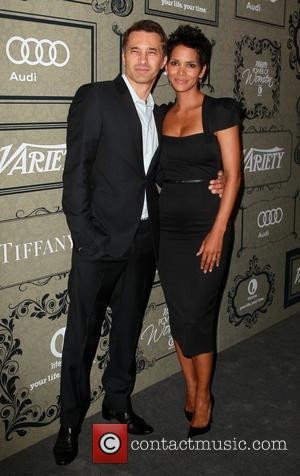 Wedding Week: Halle Berry Marries Olivier Martinez Whilst Jimmy Kimmel Weds Molly McNearey
