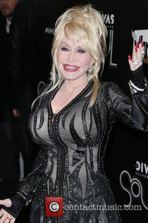 Dolly Parton,  at the VH1 Divas Celebrates Soul at Hammerstein Ballroom - Red Carpet New York City, USA -...