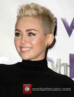 Miley Cyrus and Vh1 Divas