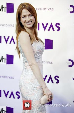 Ellie Kemper VH1 Divas 2012 held at The Shrine Auditorium - Arrivals  Featuring: Ellie Kemper
