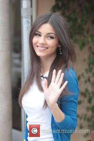 Disney Channel Star Victoria Justice at The Grove to appear on the entertainment news programme, 'Extra' Los Angeles, California -...