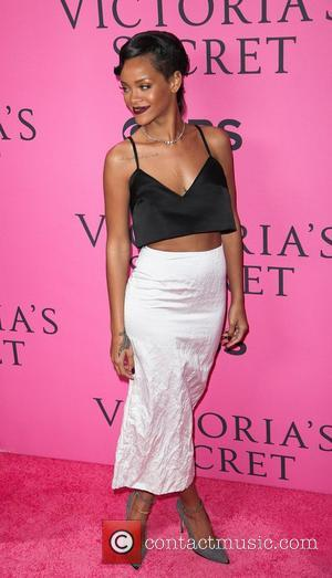 PICTURES: Glamorous Victoria's Secret Show 2012 Sees Rihanna, Justin Bieber and More Come Out to Play