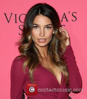 Lily Aldridge Victoria's Secret Fashion Show Viewing Party Costa Mesa, California- 29.11.11