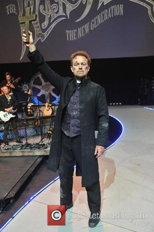 War Of The Worlds and Jason Donovan