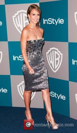 Jessica Alba, Beverly Hilton Hotel