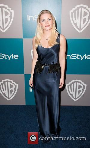 Elisha Cuthbert and Beverly Hilton Hotel