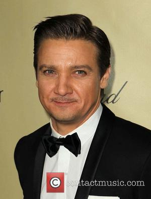 Jeremy Renner To Be A Dad - Report