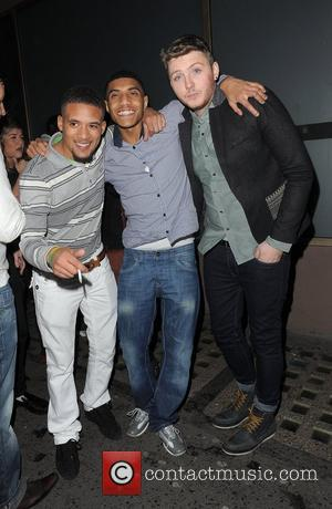 X Factor contestant James Arthur leaving Whisky Mist nightclub with some friends London, England - 25.11.12