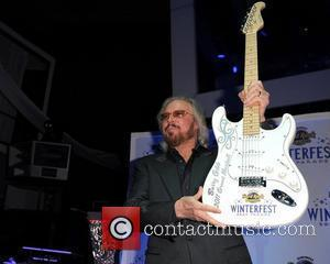 Barry Gibb and Hard Rock Hotel And Casino