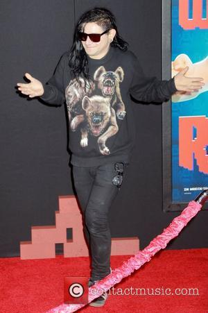 Skrillex Hair Goes Up In Flames! Birthday Wish Backfires
