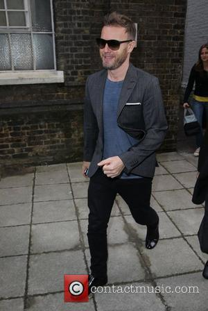 Gary Barlow To Play Bar Gig For Charity