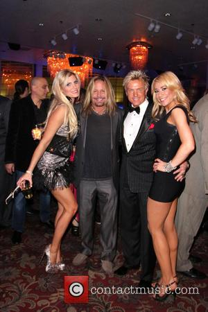 Vince Neil and Chris Phillips