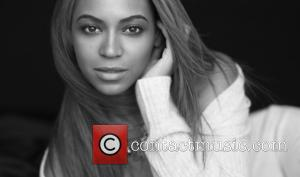 Beyonce Knowles - Beyonce Knowles and Salma Hayek support Gucci...