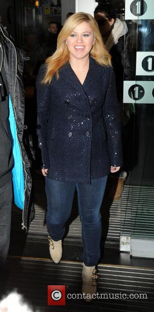 Kelly Clarkson - Celebrities at the BBC Radio 1 studios - London - Thursday 6th December 2012