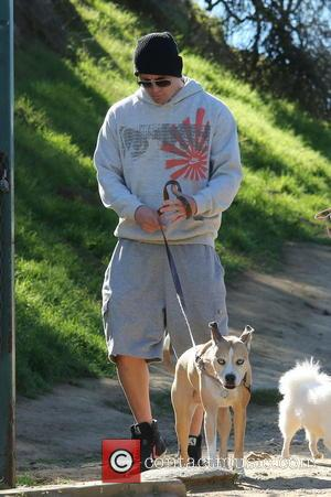 Channing Tatum walking his dogs