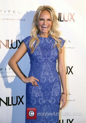Kristin Chenoweth Wins Apology From Airline