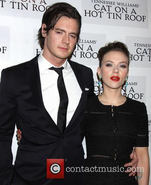 Benjamin Walker and Scarlett Johansson - 'Cat On A Hot Tin Roof' Party New York City United States Thursday 17th...
