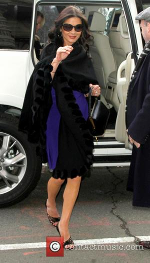 Catherine Zeta-Jones - Catherine Zeta-Jones arrives at a building in New York New York United States Thursday 17th January 2013