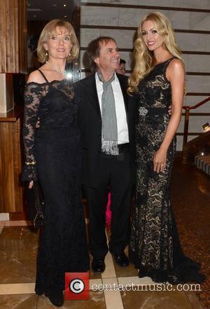 Diane Davison, Chris De Burgh and Rosanna Davison - Lincoln Fundraiser For Wicklow Hospice Dublin Ireland Sunday 20th January 2013