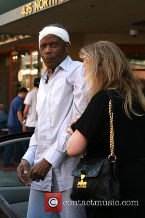 Sidney Poitier Thanks Good Samaritan Who Taught Him How To Read