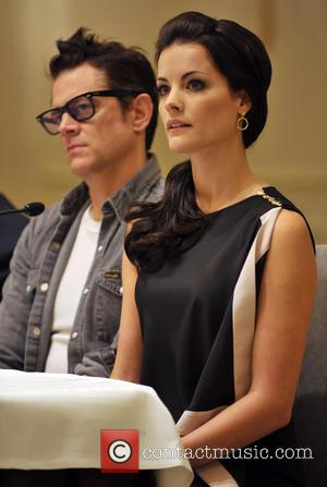 Jaimie Alexander and Johnny Knoxville