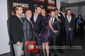 Dustin Clare, Todd Lasance, Liam McIntyre, Lucy Lawless, Steven Deknight and Peter Mensah - Spartacus: War Of The Damned New...