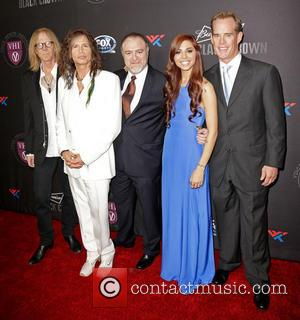 Tom Hamilton, Steven Tyler, Dr. Steven Zeitels, Christina Perri and Joe Buck