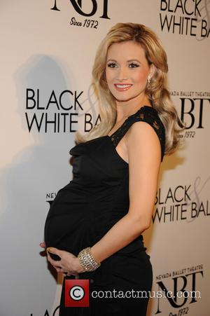 Holly Madison - 29th annual Black & White Ball at the Bellagio Resort and Casino Las Vegas Saturday 26th January...