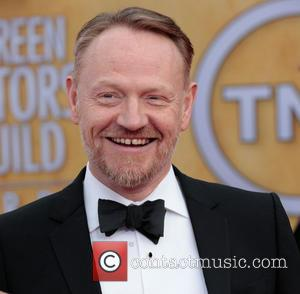 'Mad Men' Actor Jared Harris Marries Allegra Riggio