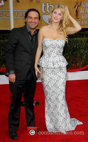 Johnny Galecki and Kelli Garner - SAG Awards Arrivals Los Angeles California United States Sunday 27th January 2013