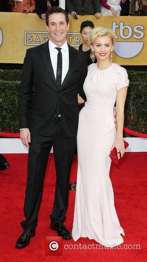 Noah Wyle and Sara Wells - 19th Annual Screen Actors Guild (SAG) Awards Los Angeles California United States Sunday 27th...