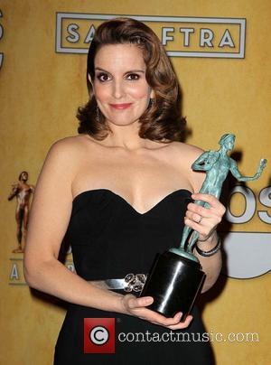 Tina Fey wins at the SAG Awards