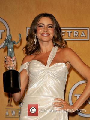 Sofia Vergara wins at the 2013 SAG Awards