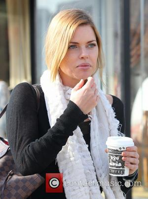 Sophie Monk - Sophie Monk stops for coffee at Kings Road Cafe in West Hollywood Los Angeles California United States...