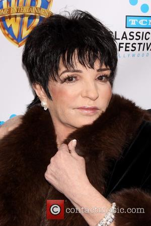 "Liza Minnelli Making ""Excellent Progress"" After Entering Rehab For Substance Abuse"