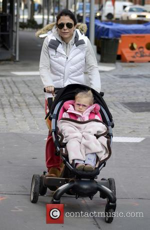 Bethenny Frankel and Bryn Hoppy - Bethenny Frankel With Daughter New York City NY United States Thursday 31st January 2013