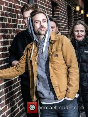 Download Kings: Macklemore And Ryan Lewis Top Charts With 'Thrift Shop' For Seven Weeks
