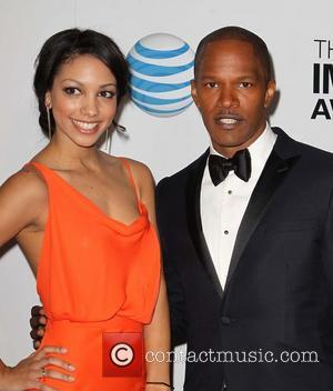Jamie Foxx Duets With Jennifer Hudson At Super Bowl Party