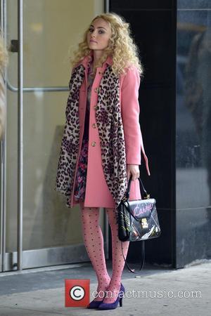 AnnaSophia Robb - AnnaSophia Robb on the set of 'The Carrie Diaries' New York City New York  United States...