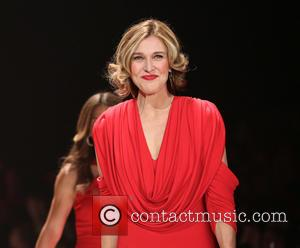 Brenda Strong - The Heart Truth's Red Dress Collection - Runway New York City United States Wednesday 6th February 2013
