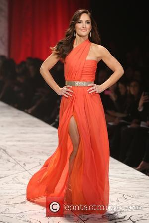 Minka Kelly - The Heart Truth's Red Dress Collection - Runway New York City United States Wednesday 6th February 2013