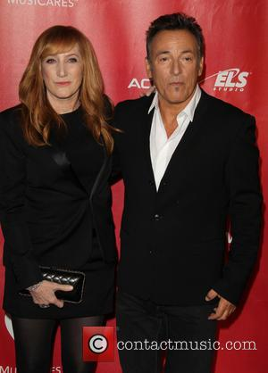 Bruce Springsteen Credits Wife With Helping Him Battle Depression